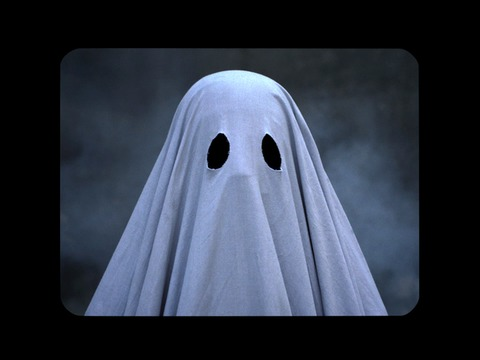 Trailer for A Ghost Story