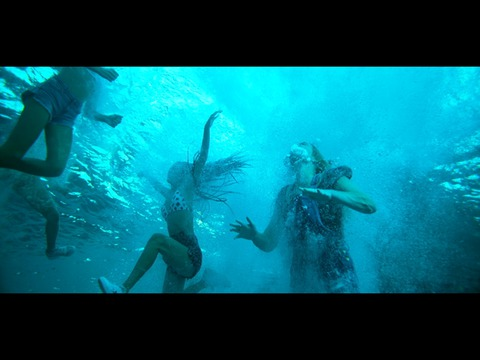 Trailer for 47 Meters Down: Uncaged